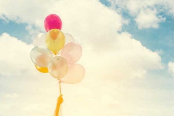 ballons accompagner une libération émotionnelle par les soins energetiques